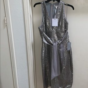 NWT Harlyn Silver Sequin Plunge Halter Dress M